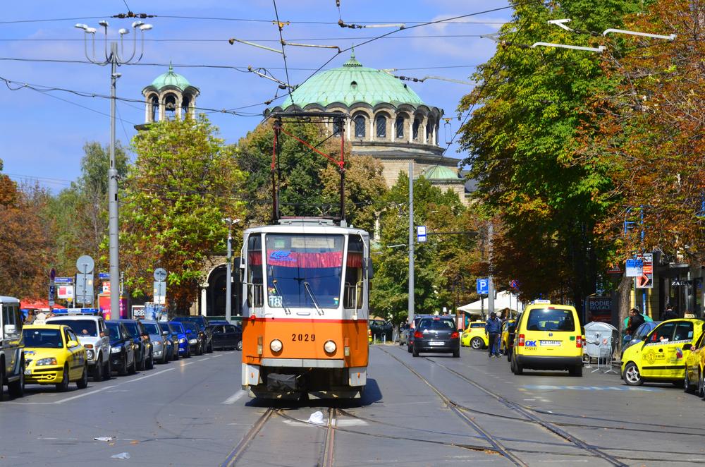 Sofie se pyšní jedním z nejdelších tramvajových systémů na světě (197 km) a jezdí tu i tramvaje z dílen ČKD.