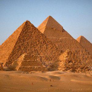 Egyptské pyramidy postavili dělníci, ne otroci. Tento mýtus vytvořil řecký historik Hérodotos.