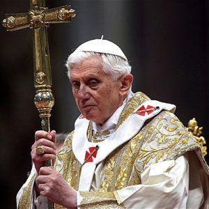 500 000 Italů navštíví každý rok exorcistu.