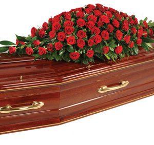 Je nezákonné zemřít v italském městečku Falciano del Massico, protože hřbitov je plný.