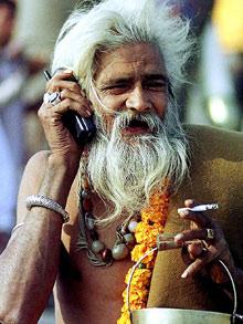 100 milionů lidí přijíždí na festival Kumbhaméla. Největší setkání lidí na světě.