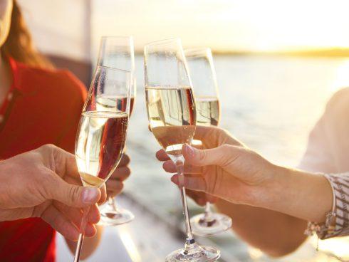 Proč může šampaňské pomoci předcházet alzheimeru a demenci?
