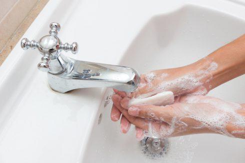 Zachrání nás mytí rukou před nemocemi?