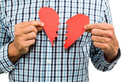 Syndrom zlomeného srdce – co se děje s našimi těly po rozchodu?