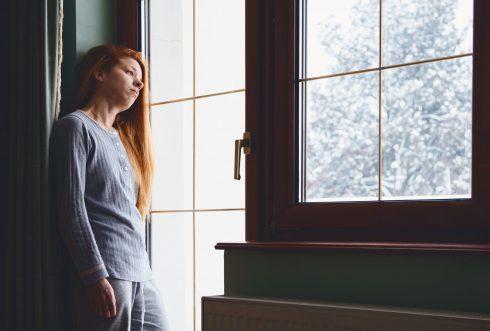 Zimní deprese hrozí každému. Pomůže slunce, sport nebo domácí pohoda