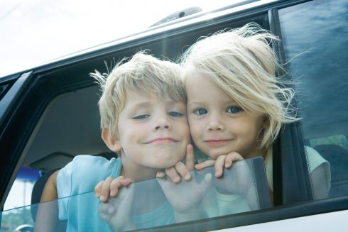 Jak přežít dlouhou štreku s děckama v autě