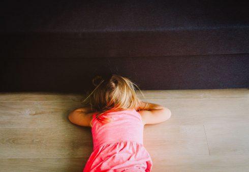 """Stres v raném věku """"mění orgány"""" a vede k rozvoji nemocí v dospělosti"""
