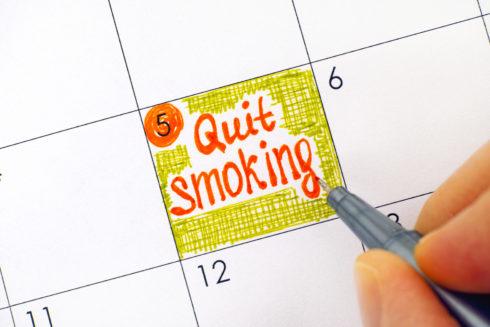 Přestat kouřit a už nikdy znovu nezačít? Zapojte se do výzvy #odkvetnanekourim